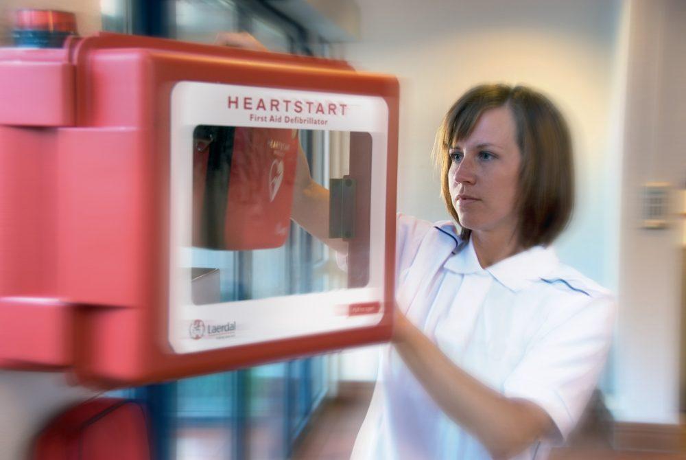 Service hjärtstartare | Byt elektroder & batteri själv, sparar pengar!