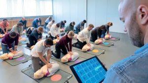 HLR-utbildning i Stockholm med Hjärtochlungräddning.se