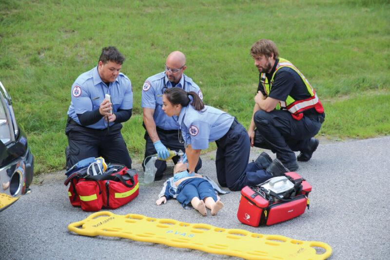 D-HLR-kurs för brandmän, poliser, väktare och ordningsvakter – Hjärt och lungräddning hjärtstartare
