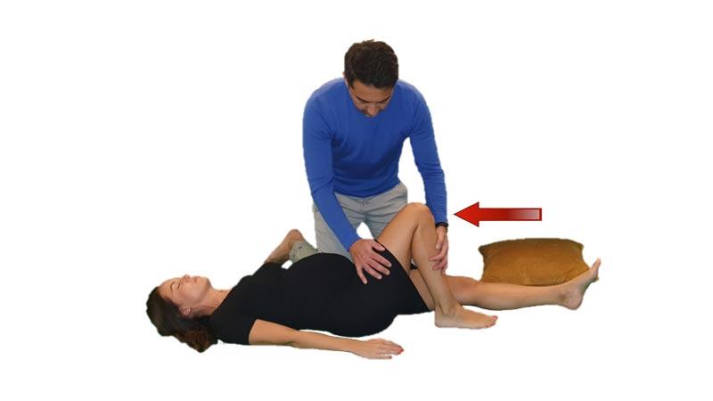 Gravid kvinna i stabilt sidoläge (2)