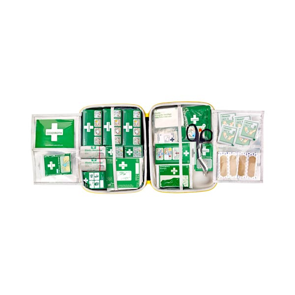 Första hjälpen väska Cederroth First Aid Kit Large öppen